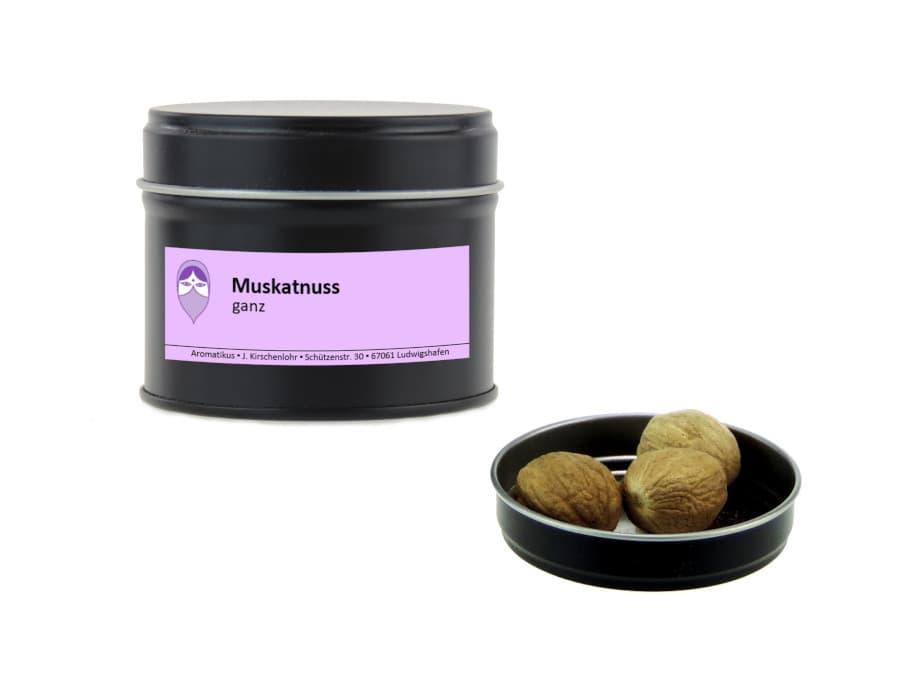 ganze Muskatnüsse von Aromatikus in einer Aromaschutzdose