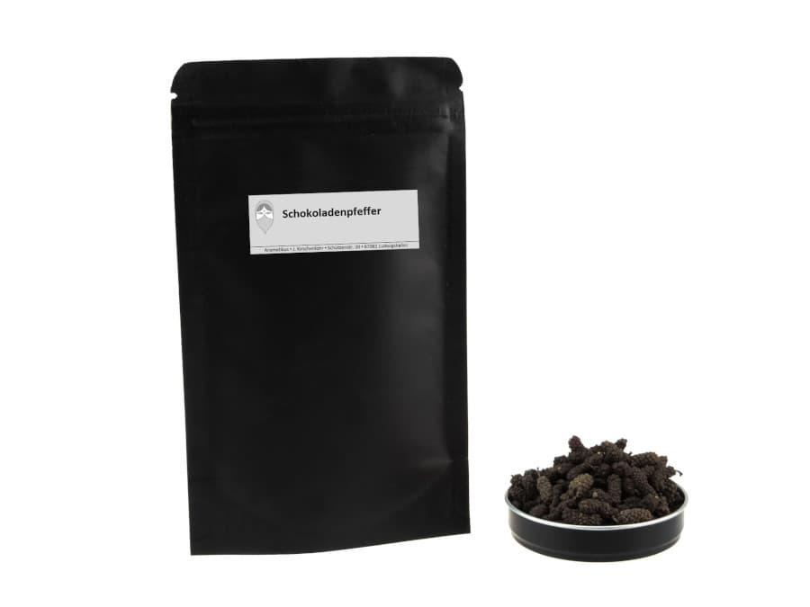 Schokoladenpfeffer alias kleiner langer Pfeffer von Aromatikus im verschließbaren Nachfüllpäckchen