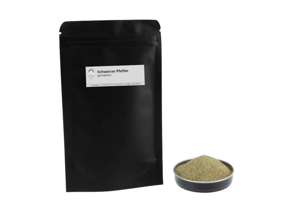Schwarzer Pfeffer gemahlen von Aromatikus im verschließbaren Nachfüllpäckchen
