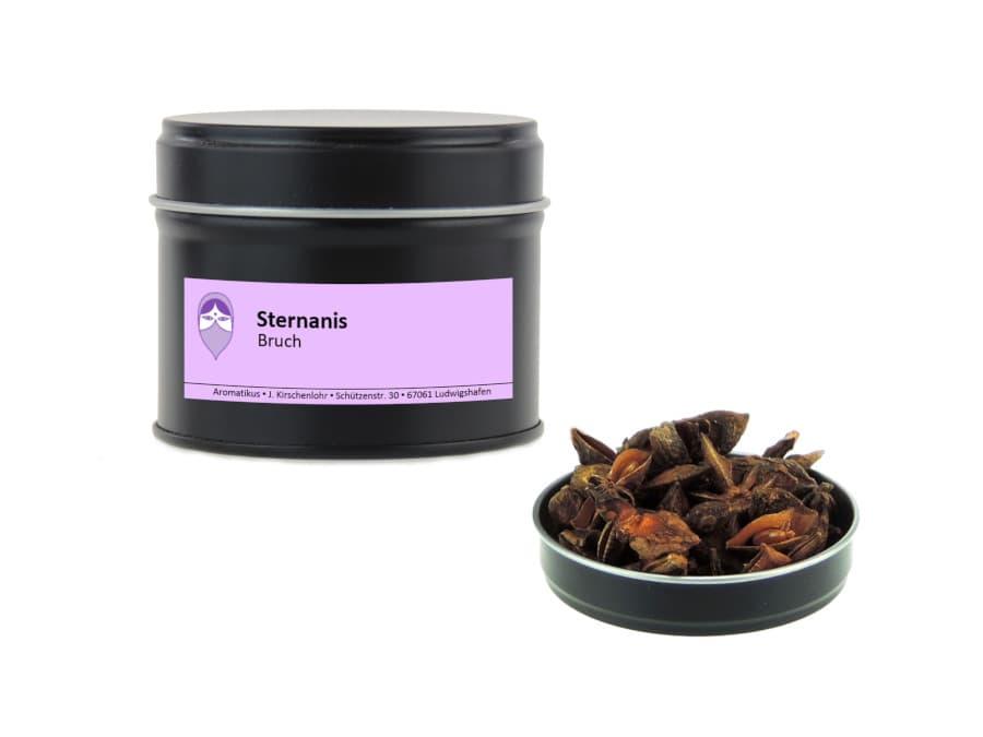 Sternanis Bruch von Aromatikus in einer Aromaschutzdose