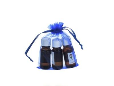 Organzabeutel für bis zu drei ätherische Öle in dunkelblau 10x15cm von Aromatikus