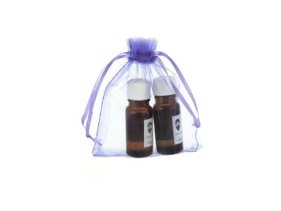 Organzabeutel für bis zu drei ätherische Öle in lila 10x15cm von Aromatikus